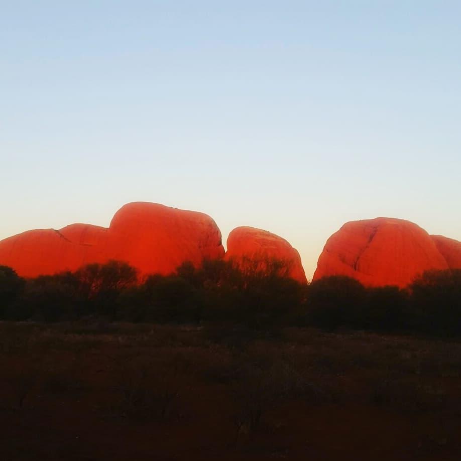 DesertAwakeningsTour_spiritual_Uluru_Tours