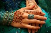 henna-hands-91-e1261978163144